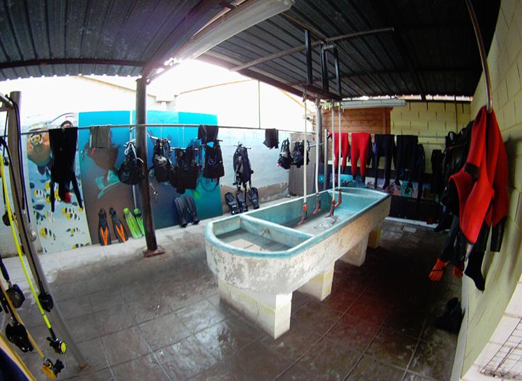 Instalaciones en Rivemar La Azohía
