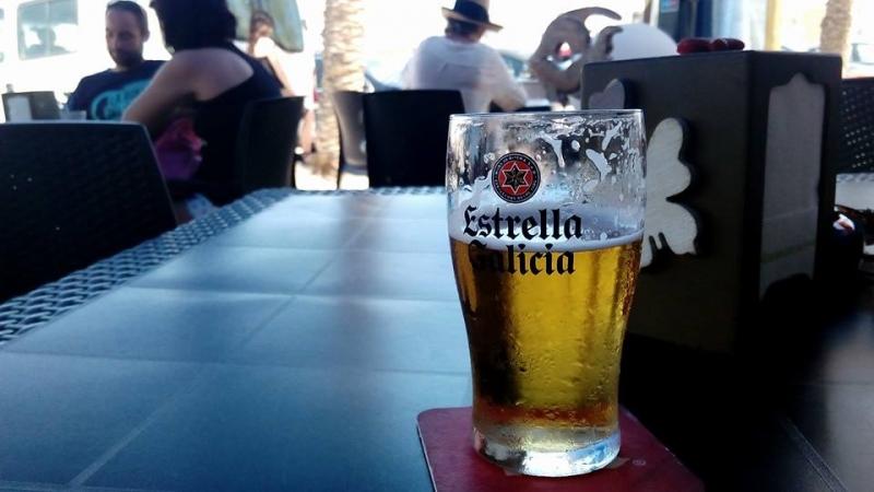 Deco-birra en el Café Bar Yemanjá