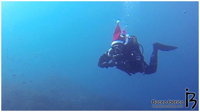 Champán de Navidad Naranjito Buceo, Papa Noël