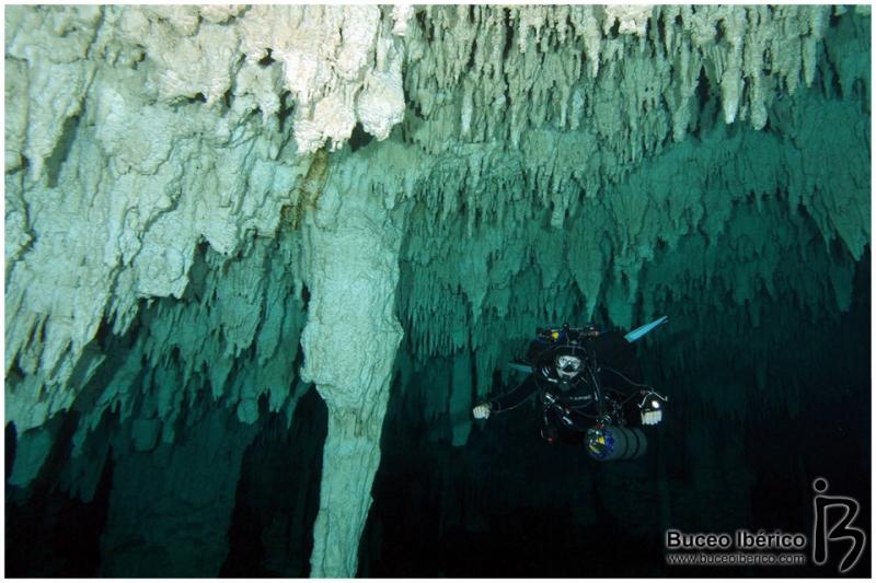 Cuevas - Aventura submarina