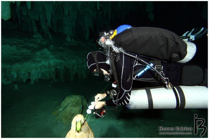 Cuevas - Flotabilidad