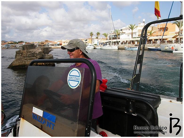 Planeta Azul, saliendo del puerto rumbo a Piles II