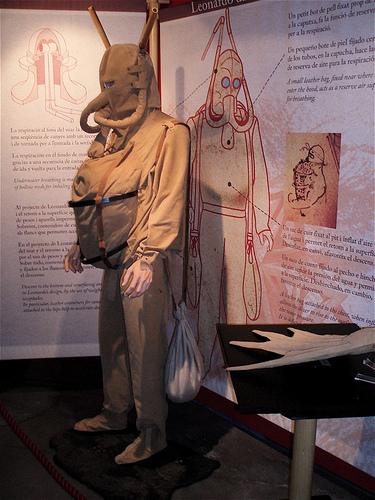El traje de buceo de Leonardo da Vinci en el museo da Vinci, Florencia