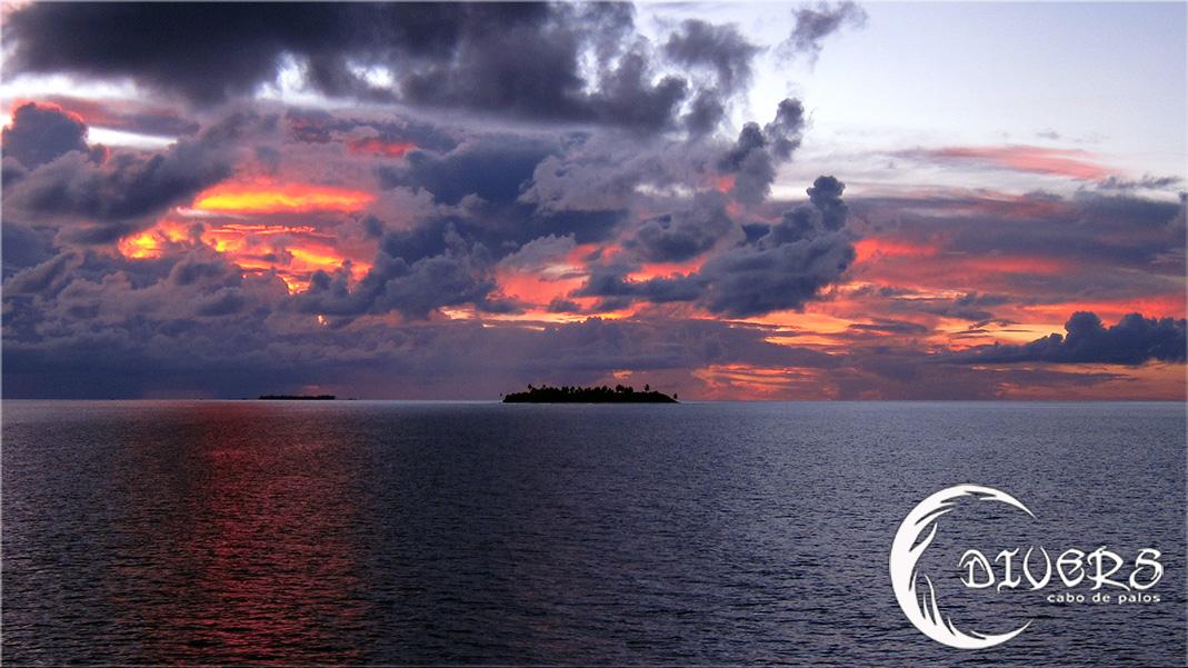 Puesta de sol en Maldivas